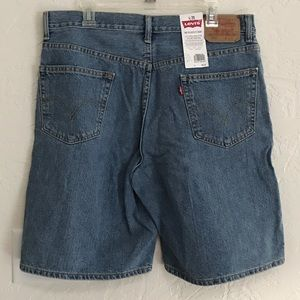 Levi's - Medium Wash Men's Shorts